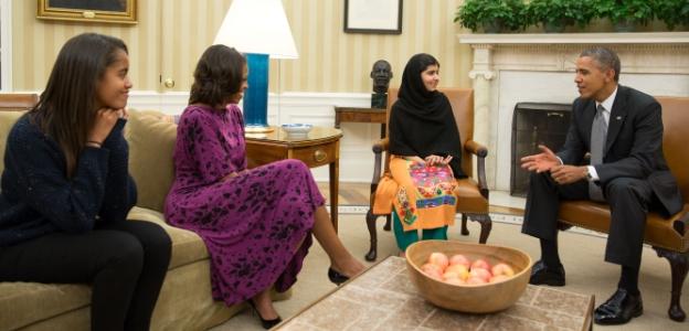 Малала по време на разговор с Барак Обама в Овалния кабинет