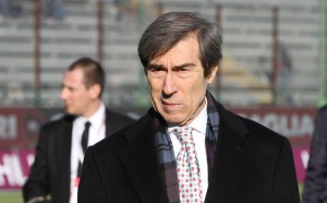 Милан иска да отмъкне спортния директор на Барса