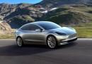 Tesla Model 3 ще се забави поне с година