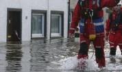 Река Топчийска наводни 5 къщи в разградското село Каменово