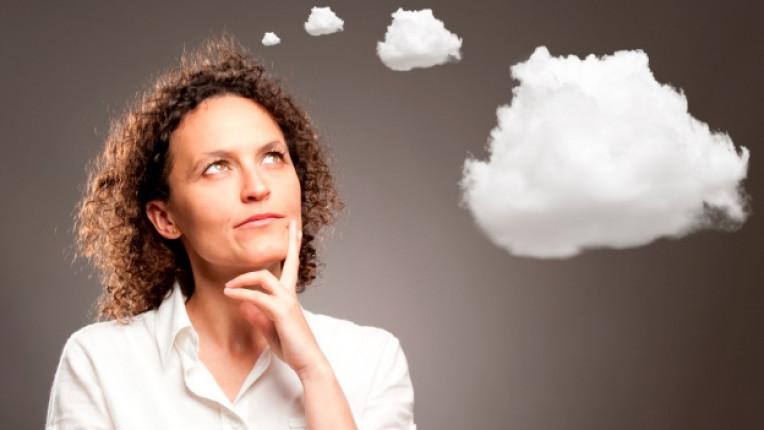 жена мисъл мечта облак