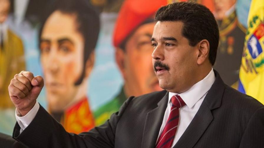 Венецуела девалвира националната си валута