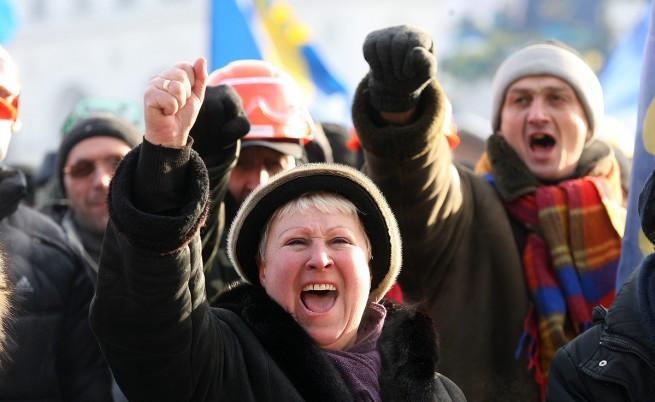Протестиращите в Киев окупираха още едно министерство