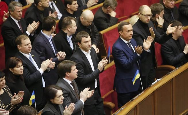 В Украйна отмениха 9 закона срещу протестите