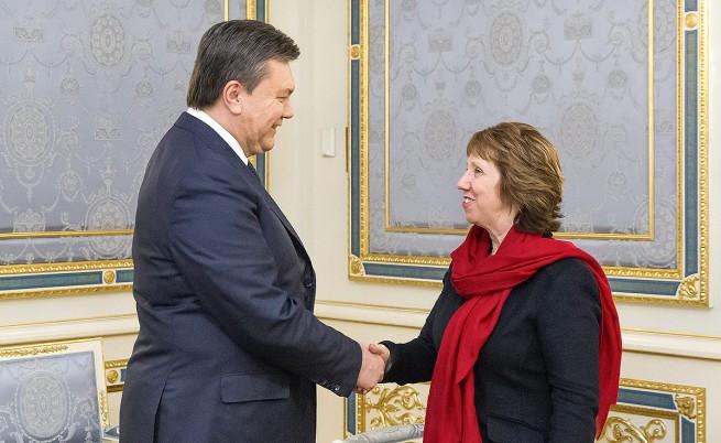 Янукович заплаши, че ще свика предсрочни парламентарни избори