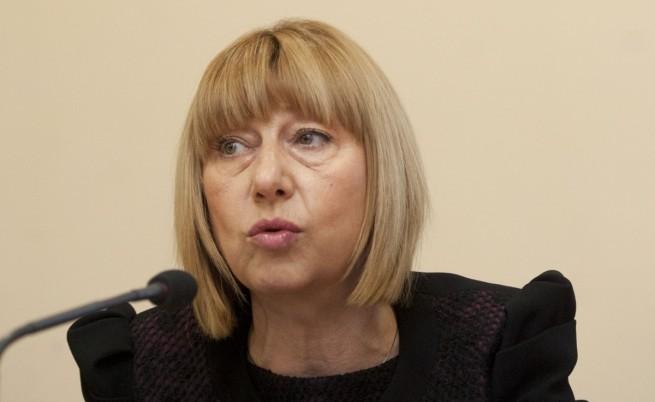 Клисарова: Близо 500 хил. лв. са нужни за ремонти на училищата в Добрич и Варна