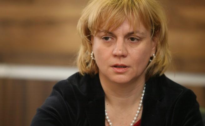 Министър Терзиева е разпоредила промяна в устройствения план на Царево