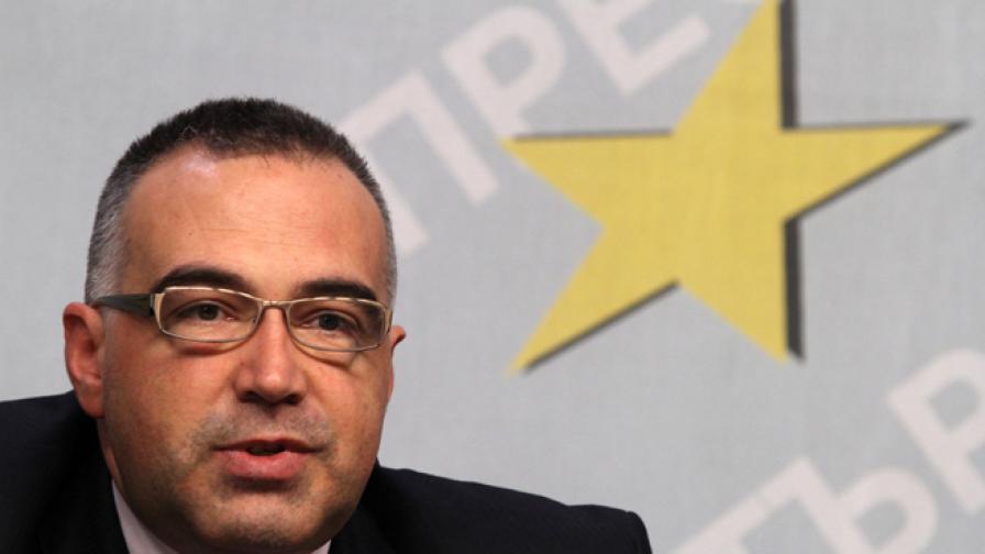 Антон Кутев: Готови сме с евролистата, но няма да я обявим