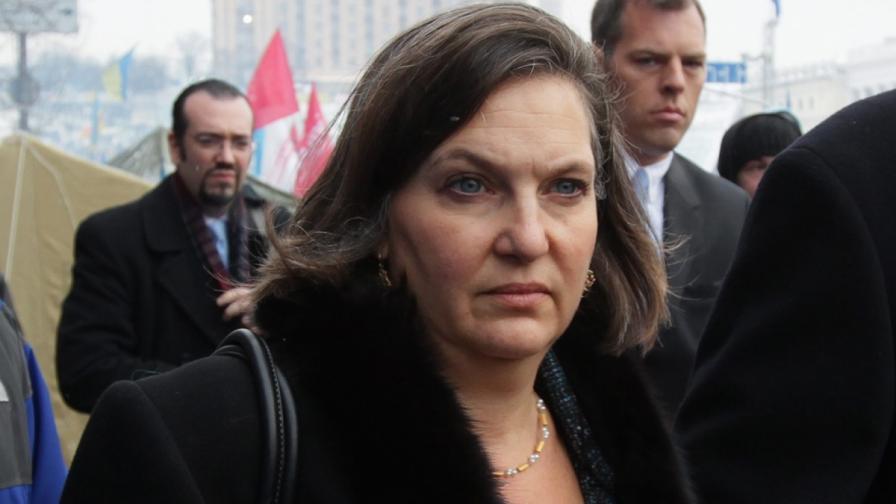 """Г-жа """"Майната му на ЕС"""" подава оставка"""
