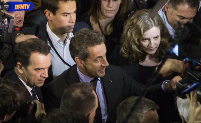 Никола Саркози се появи неочаквано на предизборен митинг