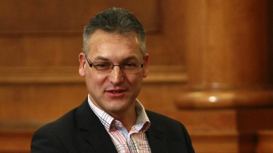 Обраха вилата на депутата от БСП Валери Жаблянов