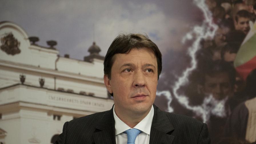 Куюмджиев: ЕРП-тата искат да си върнат инвестициите за 1 година