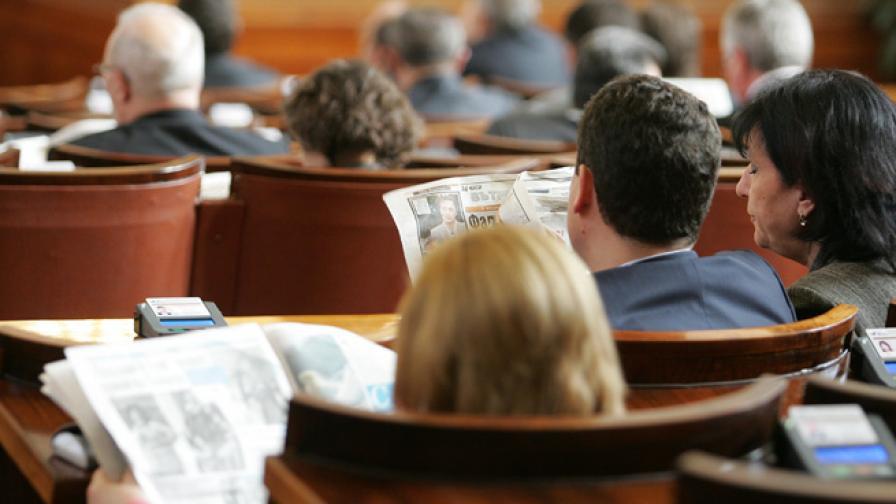 """""""Репортери без граници"""": Медиите в България са купени"""