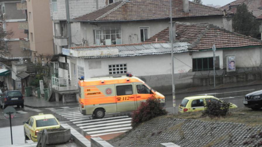 29-годишен в болница, след като падна от каросерията на камион