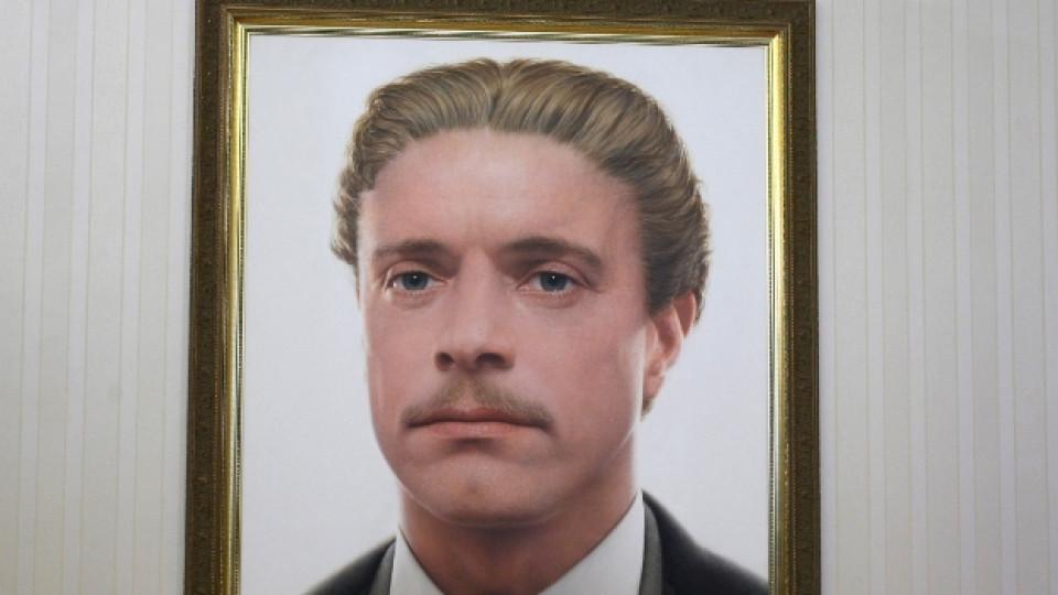 Портрет на Васил Левски от художника Росен Райчев