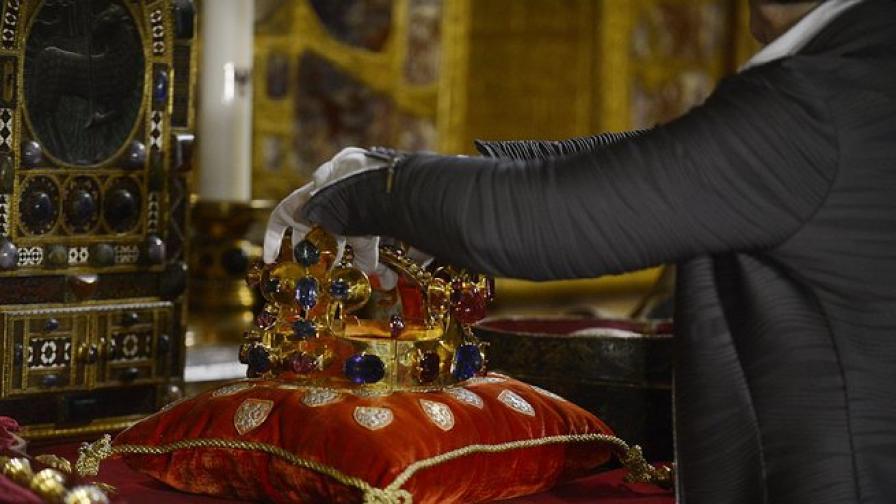 Обир на бижута от аукционна къща в Париж