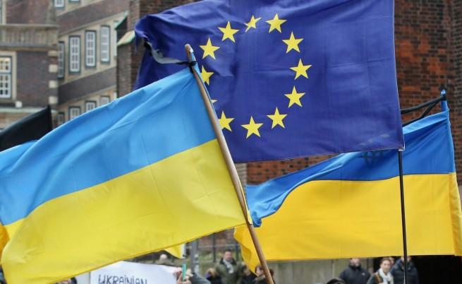 Оли Рен ще координира помощта от ЕК за Украйна