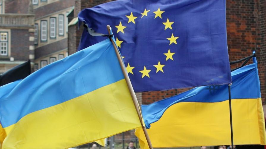 Украйна иска спешна помощ от 35 млрд. долара