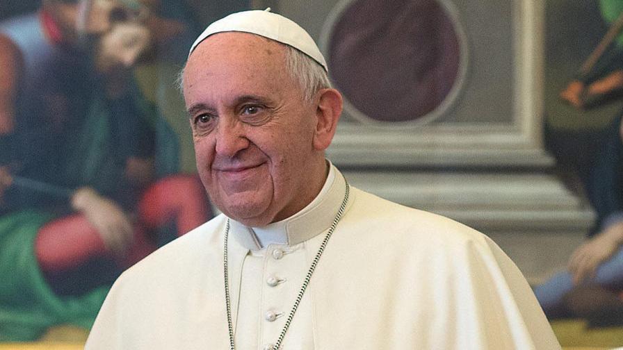 Папата започна финансова революция във Ватикана