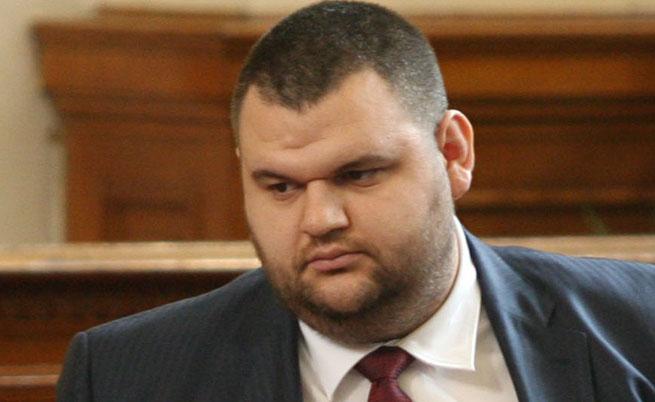 Прокуратурата призна, че няма доказателства по разследването за покушение срещу Пеевски