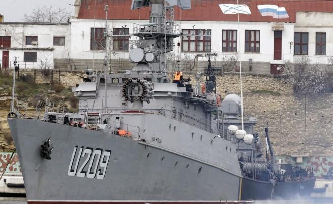 Командващият украинските ВМС се закле във вярност на проруските власти