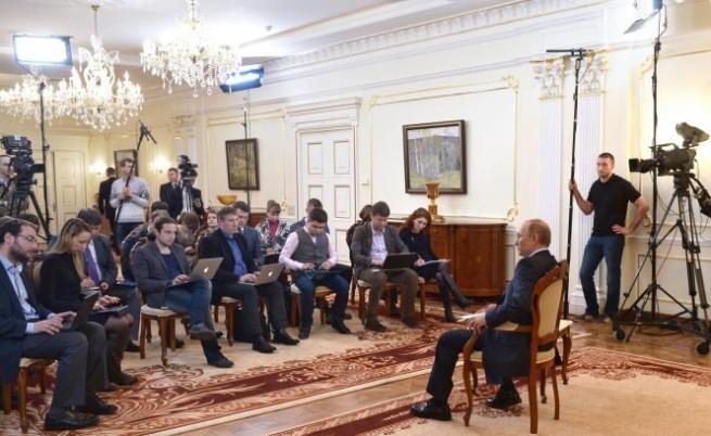 Путин: В Украйна се извършва противоконституционен преврат