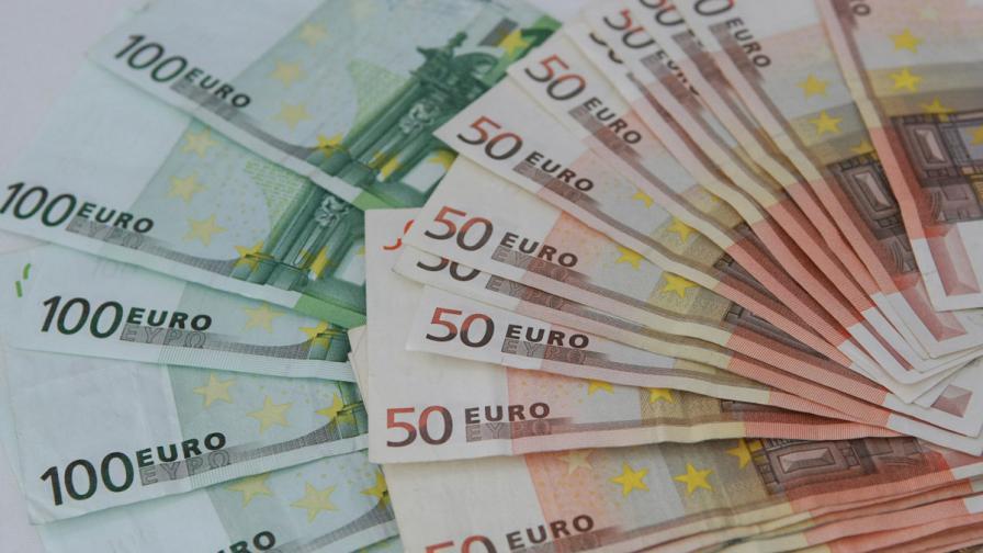Еврогрупата отпуска 6,3 млрд. евро на Гърция през април