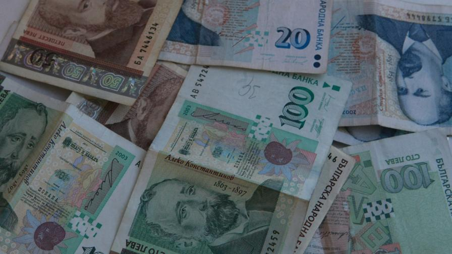 Министерството на финансите преотвори емисия левови ДЦК