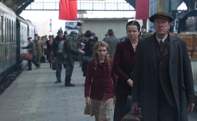 """Джефри Ръш в """"Крадецът на книги"""", реж. Брайън Парсивал"""