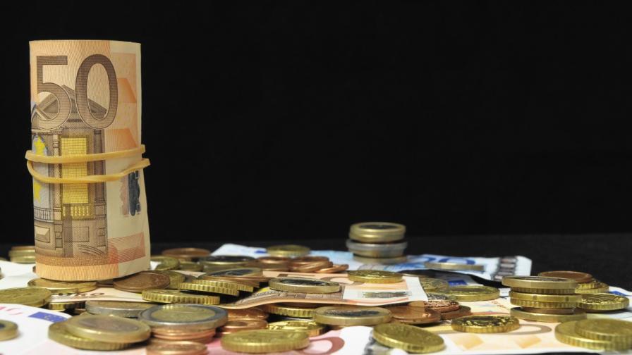 Отпада таксата за предсрочно изплащане на кредит
