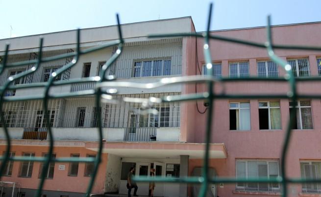 ДАЗД: Намалява броят на децата, които живеят в институции