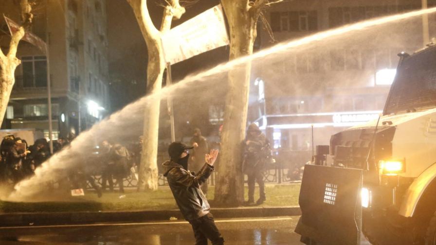 Турция отново настръхна срещу полицейското насилие