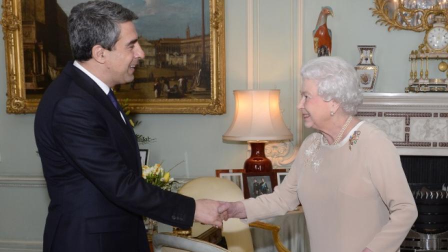 Плевнелиев се срещна с Елизабет Втора в Лондон
