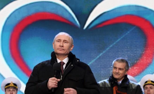 В Украйна и САЩ сравняват Путин с Хитлер