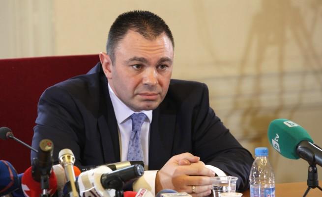 Лазаров обвини полицаи от Велико Търново за провала в Лясковец
