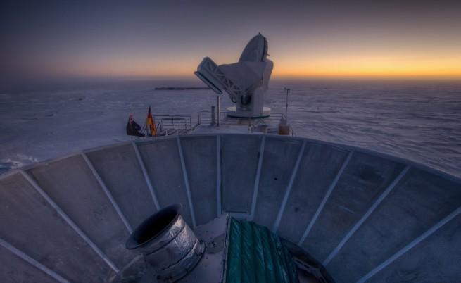 Телескопът BICEP2 успява да засече вълните