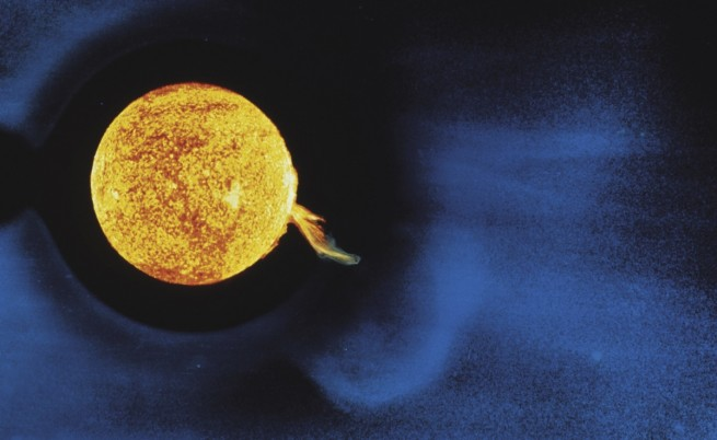 Установиха какво поражда супербурите на Слънцето