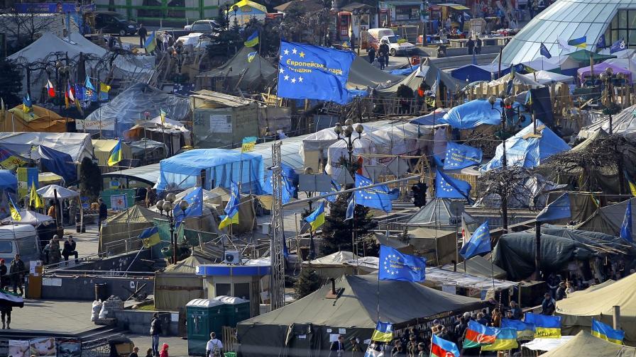 ОССЕ изпраща за шест месеца наблюдатели в Украйна