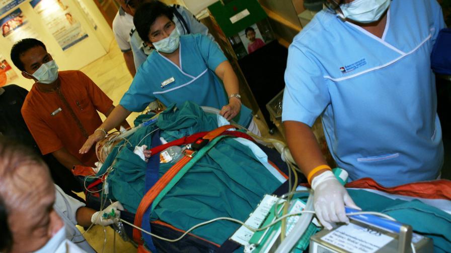 27 души загинаха при катастрофа в Тайланд