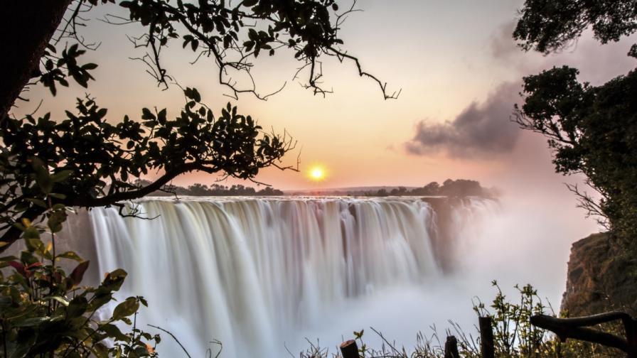 Водопадът Виктория, Замбия/Зимбабве