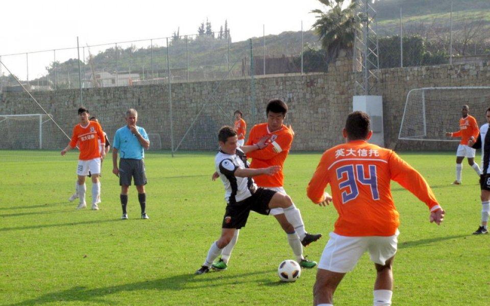Качествен китайски футбол и през този уикенд