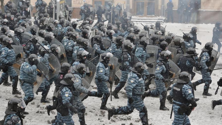 Киев: Янукович е ръководел стрелбата на Майдана