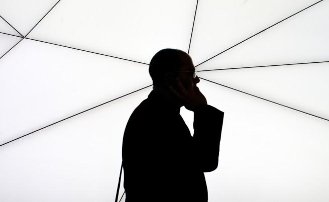 Европейският парламент гласува за отпадането на роуминга