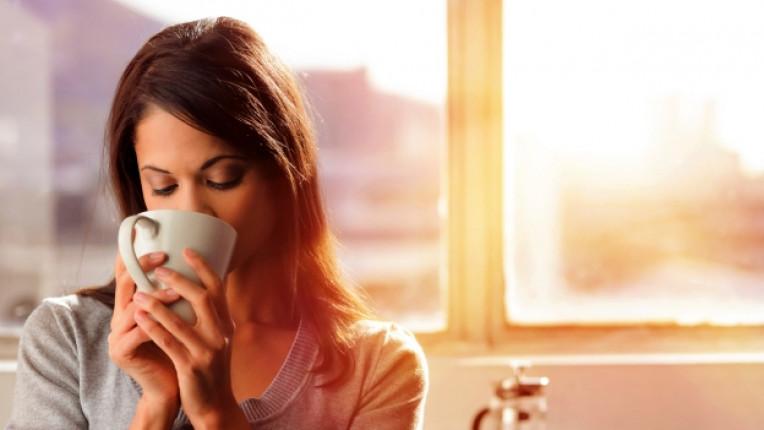 жена кафе утро
