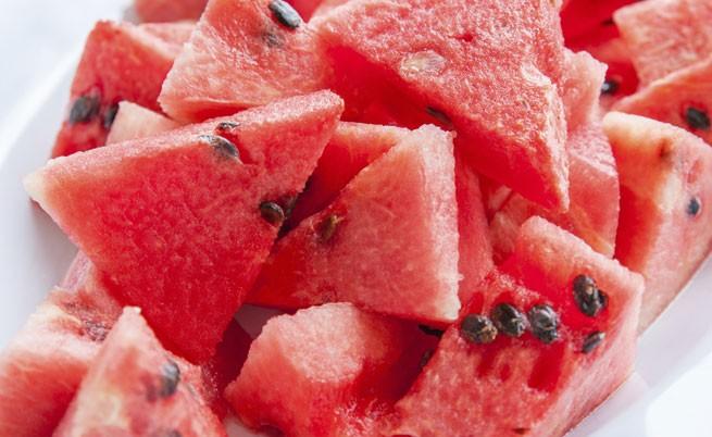 Яжте тези храни през лятото - полезни и свежи са