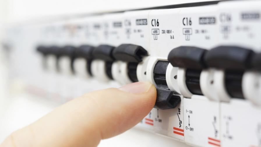 НЕК и ЕСО искат преразпределение по веригата за цената на тока