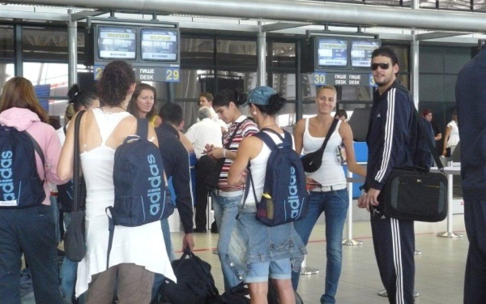 12 баскетболистки тръгнаха за турнир в Словакия