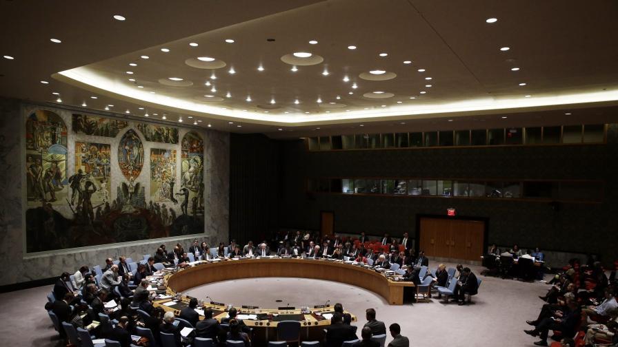 Западът и Русия си размениха обвинения за кризата в Украйна