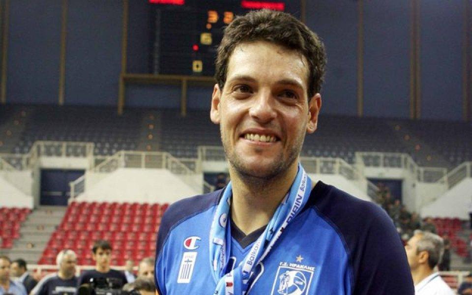 Гибона: ЦСКА трябваше да си помогне сам, за да му помогнем ние