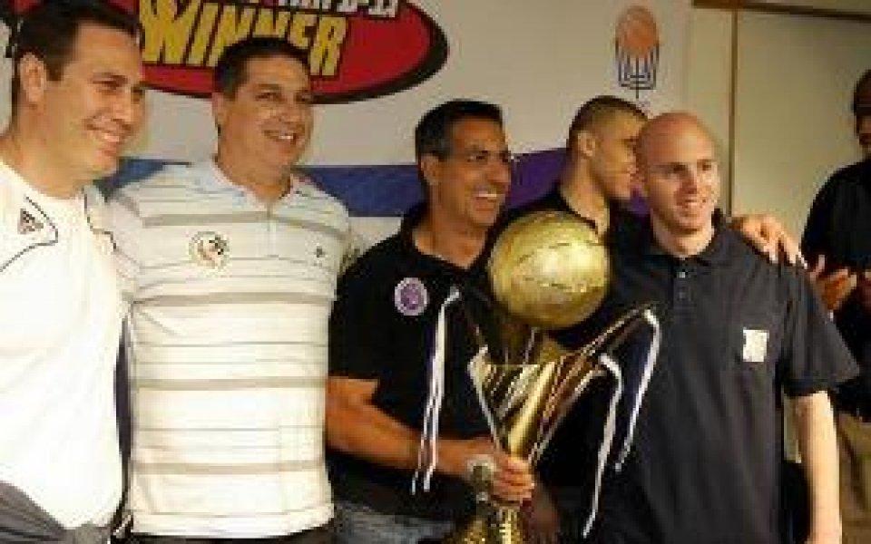 Екс-треньор на ЦСКА във финалната четворка за Купата в Израел